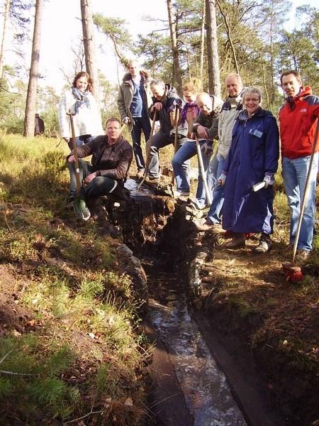 Op 1 april 2009 werd een cursus leiding geven gegeven door het Instituut De Rode Wangen te Denekamp
